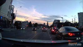 Aproape accident cu BMW – ratat cu gura mare